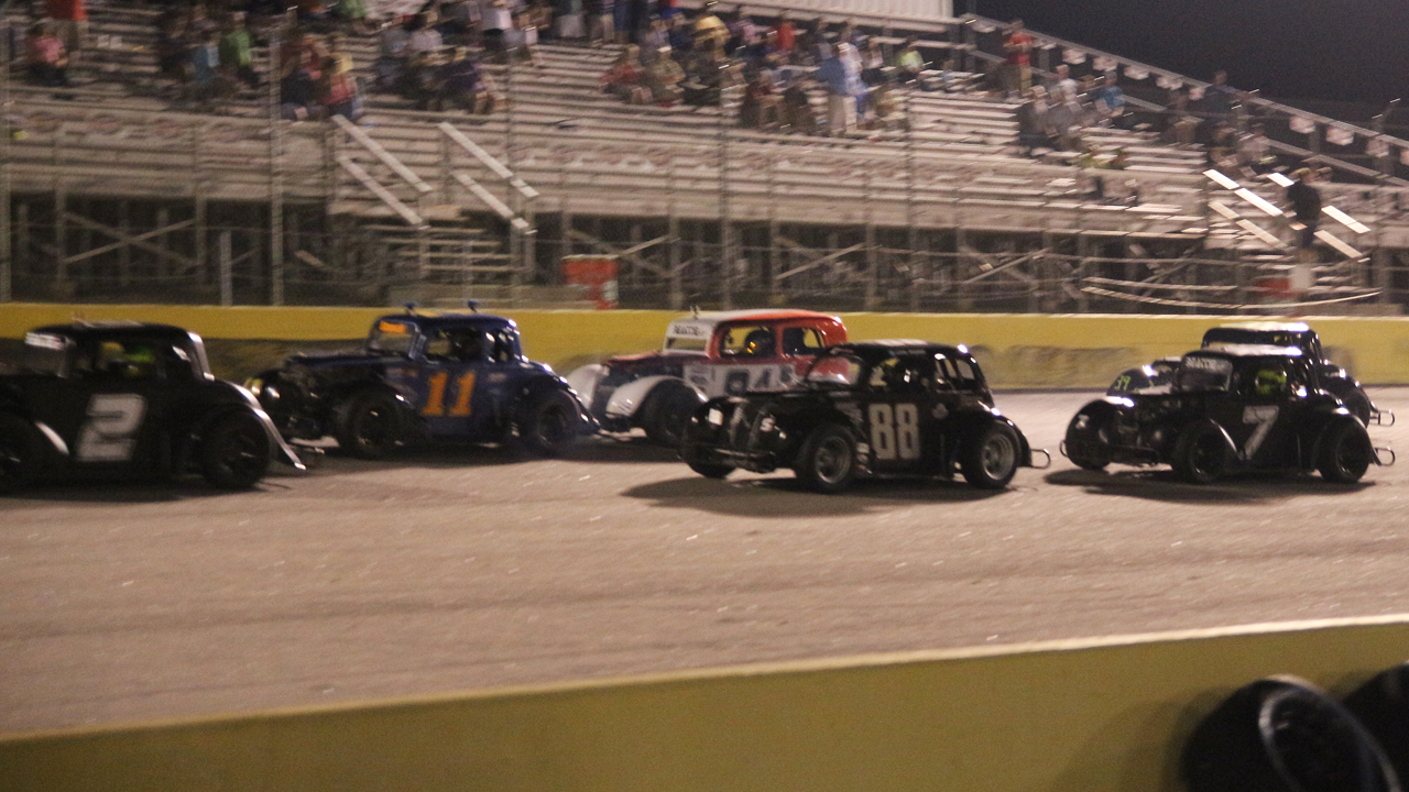 Friday night practice gives drivers opportunity to get dialed-in for Saturday night's races