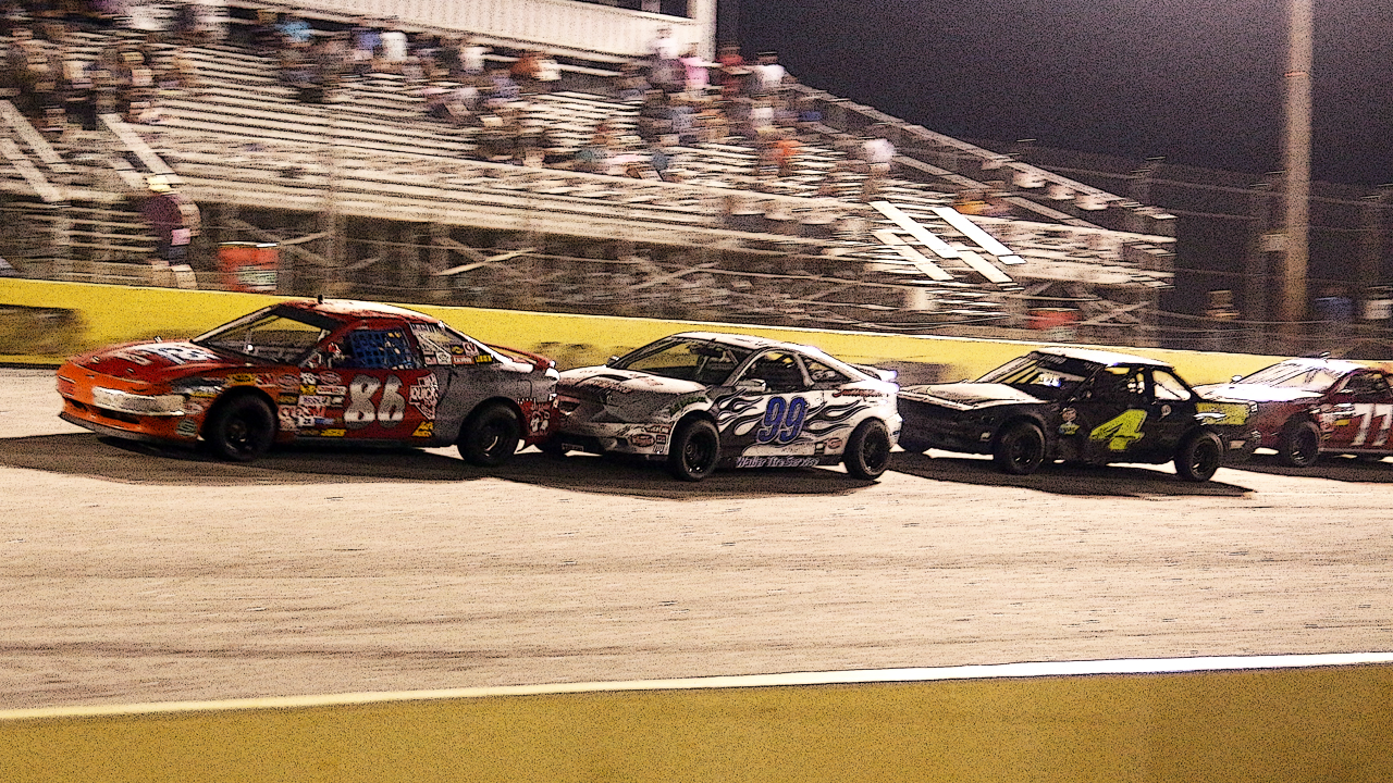 U-CAR Drivers Chasing Bounty at Southern National