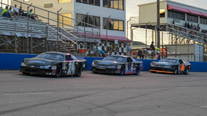 Racing Heats Up at Southern National on Memorial Day Weekend