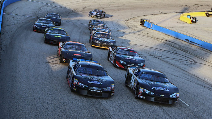 Points Battles Heat Up as Racing Returns to Southern National on Saturday