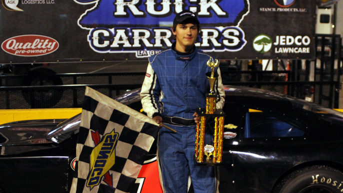 Jamie York Scores First Career Win in Opening Night at the Thanksgiving Classic
