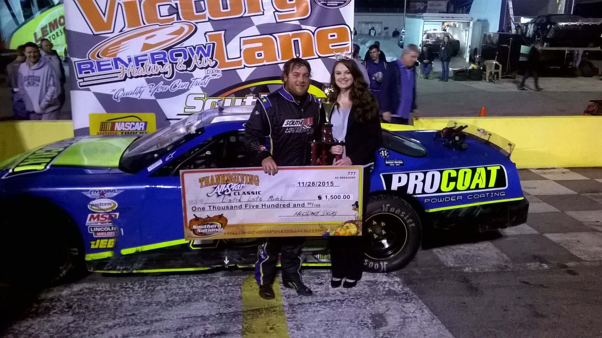 Clay Jones Wins Bojangles' Limited Late Model Showdown at Thanksgiving Classic