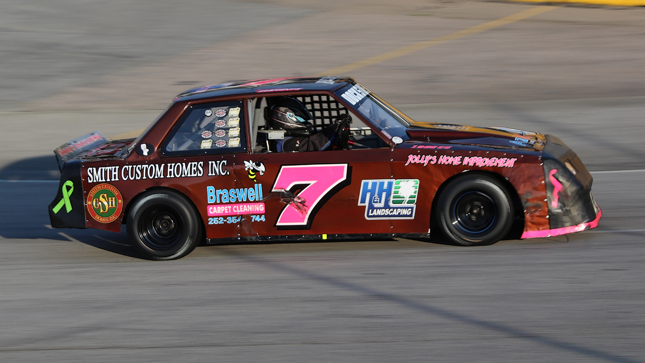 Brandon Clements Chasing First Southern National Mini